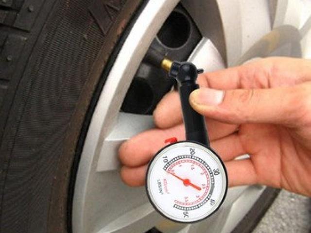 Почему необходимо контролировать давление в шинах?